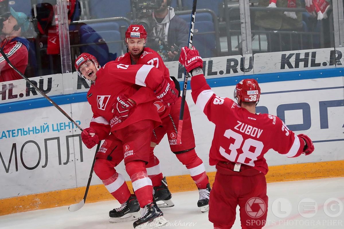 «Спартак» выиграл у «Слована» в первом матче под руководством Алексея Жамнова.